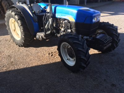 NEW HOLLAND TN85A